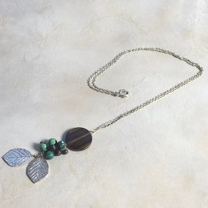 Boho Style Necklace Silver Tone Leaf Wood Green